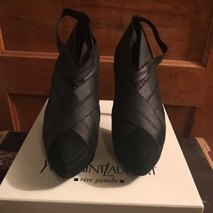 YSL divine ankle boot